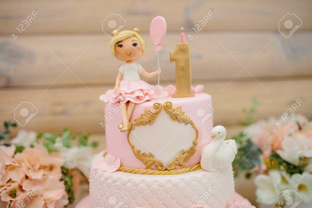 Magnificent First Birthday Cake For Girl Details Of Decoration Of First Personalised Birthday Cards Veneteletsinfo