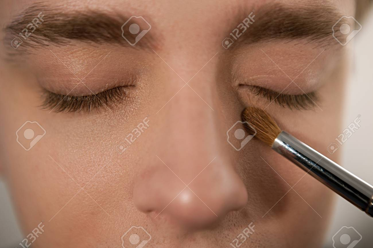 Applying Concealer To Cover Dark Circles Under The Eyes Horizontal