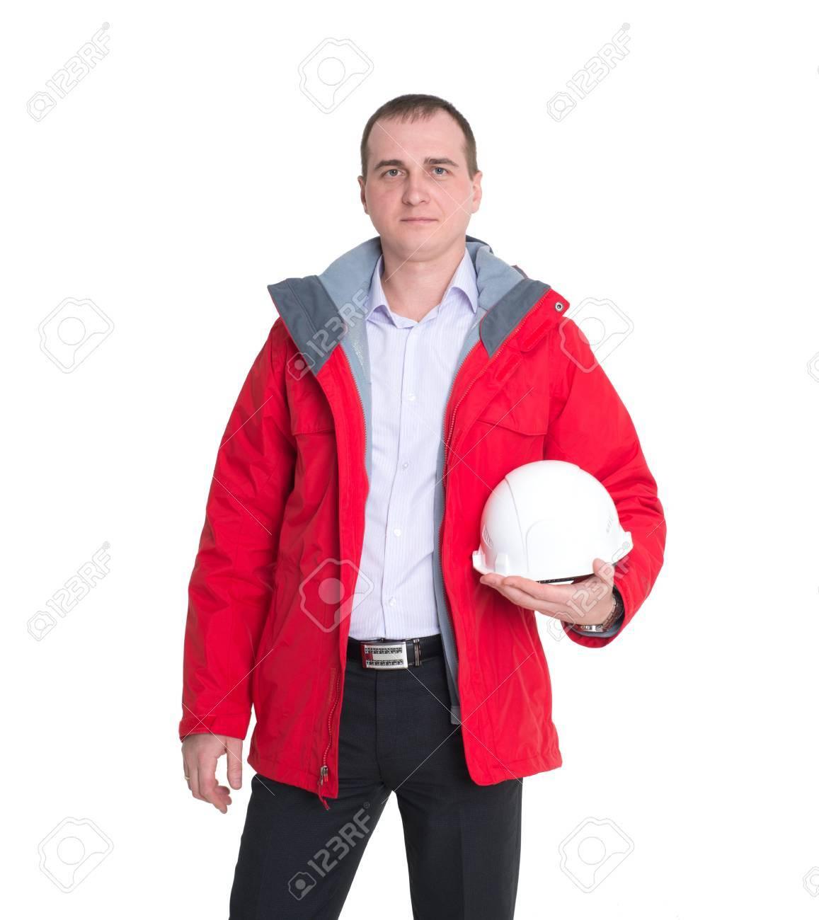 new concept b9677 9b077 L'uomo è operaio edile in una giacca rossa e una costruzione casco  protettivo isolato su sfondo bianco