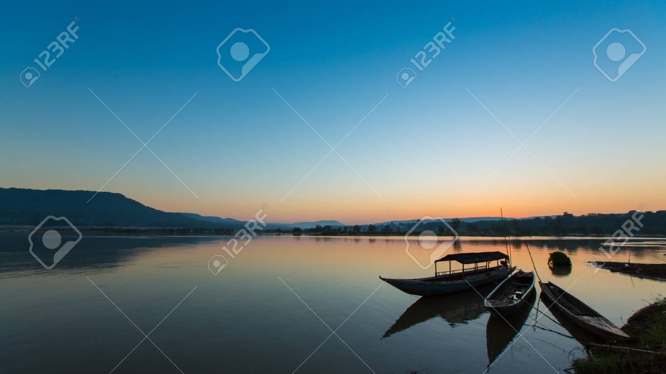 silhouette of fishing boat in Mekong river Stock Photo - 16964801