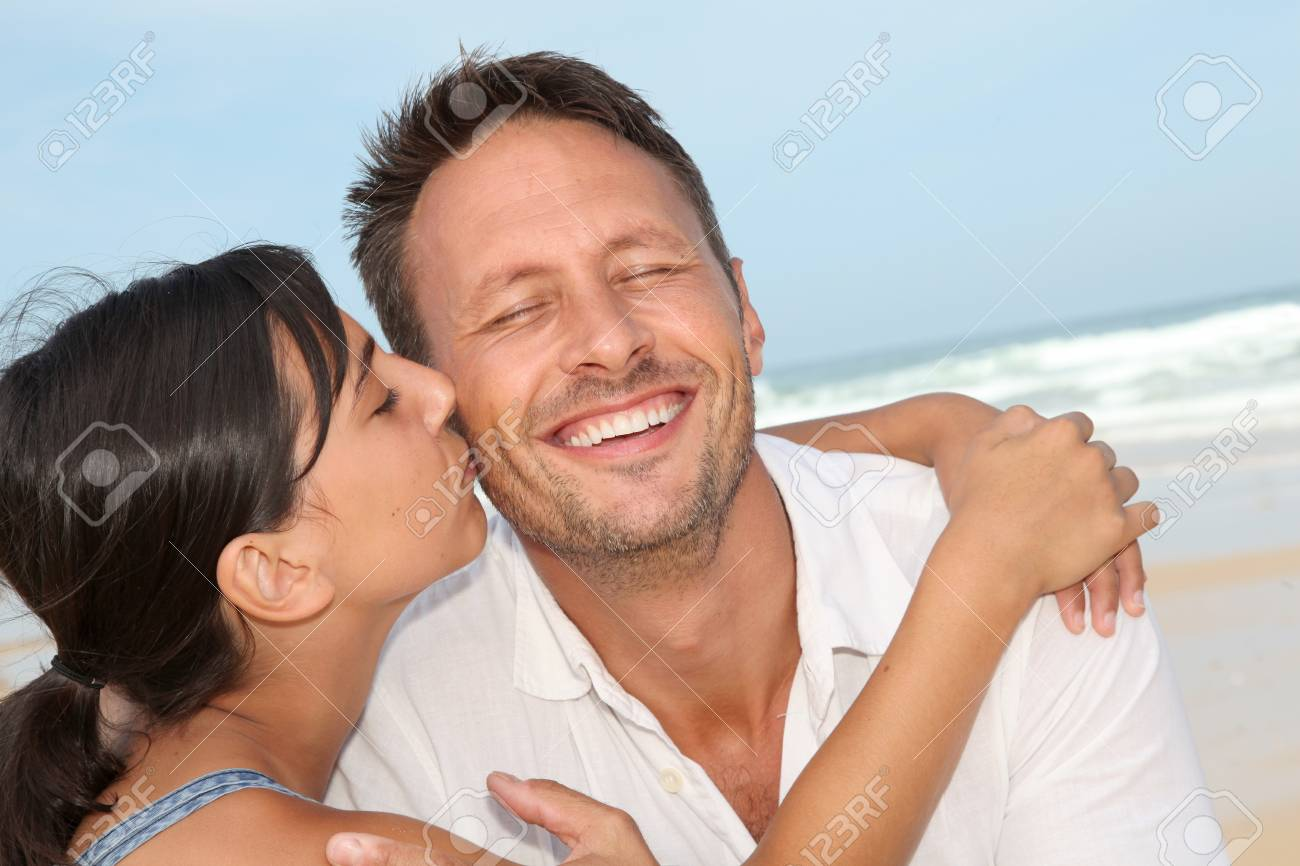 Closeup of father and daughter at the beach Stock Photo - 7577588