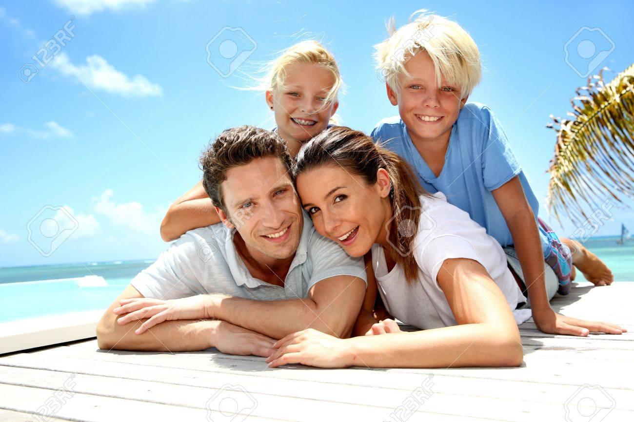 С семьёй на отдыхе фото 22 фотография