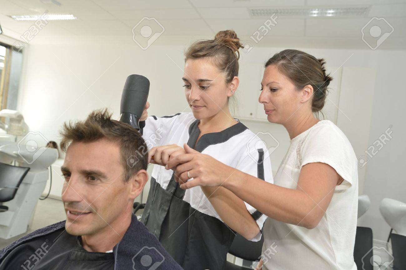 Hairstyle training class in beauty salon Stock Photo - 20696404