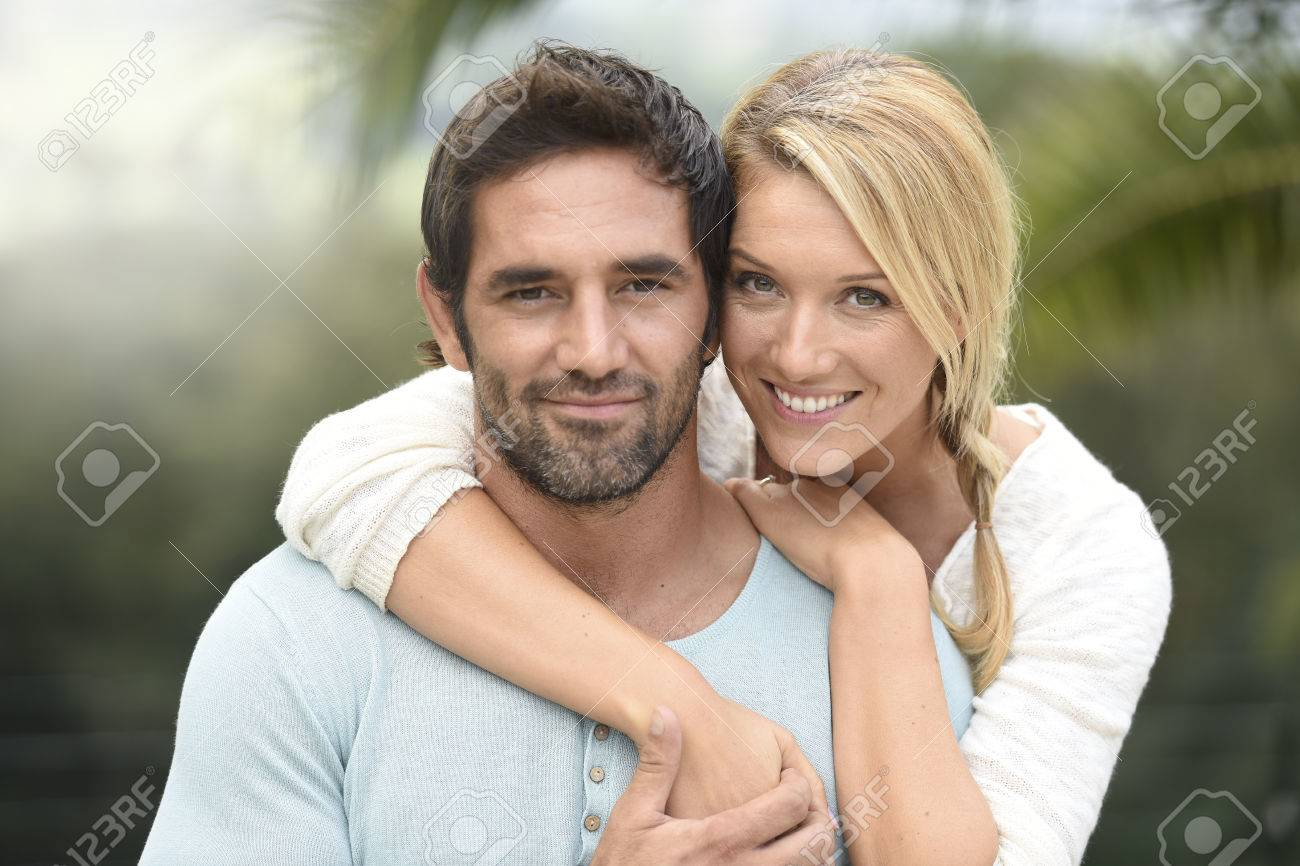 Attractive couple embracing each other Standard-Bild - 67043460