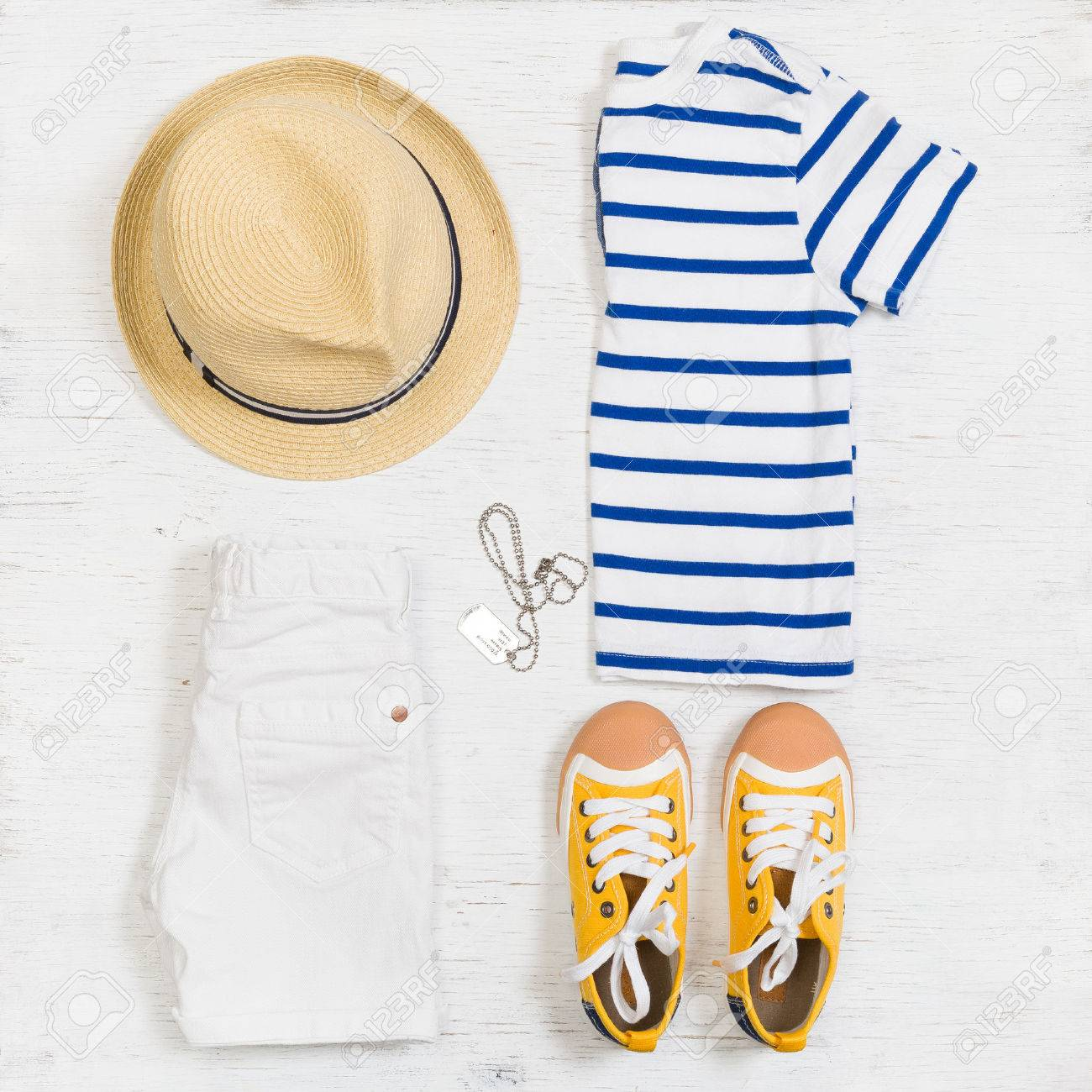 9fca5a8ecc5c Summer Clothes Stock Photos And Images - 123RF