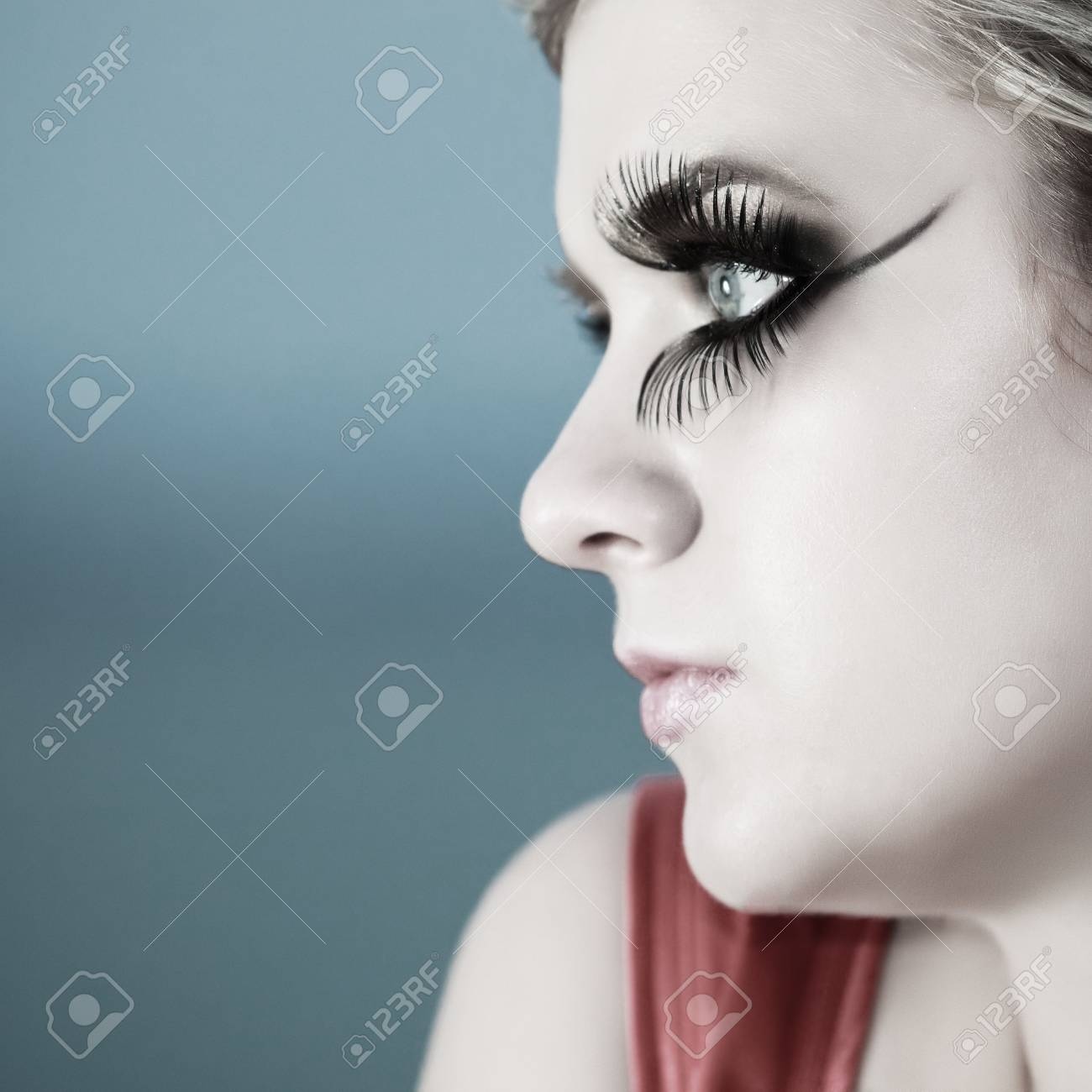 Artistic style portrait of young beautful woman Stock Photo - 6632184