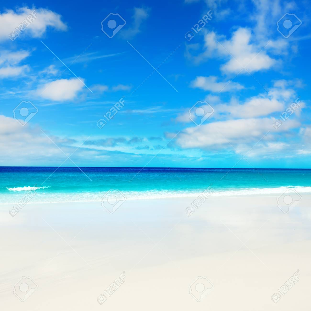Beautiful view of the clouds over the sea Stock Photo - 9230270