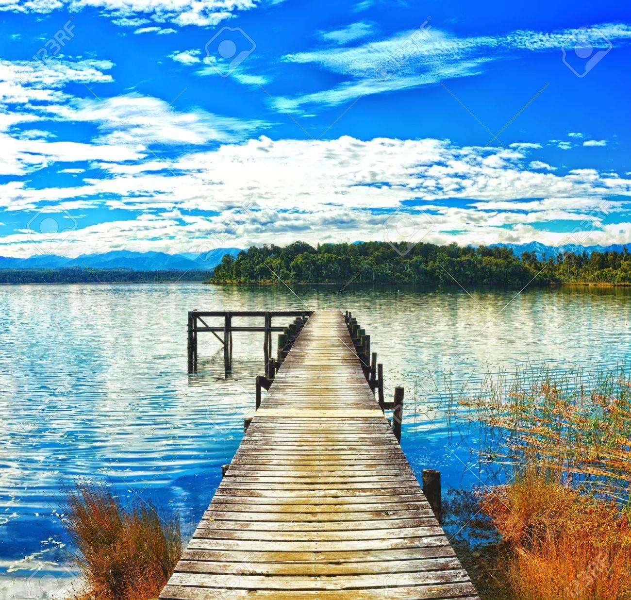 Resultado de imagen de Lago Mahinapua, Nueva Zelanda