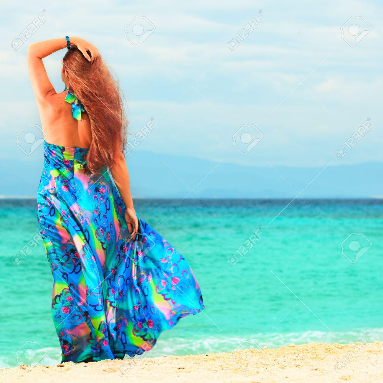 фото женщин на берегу моря фото бесплатно 19