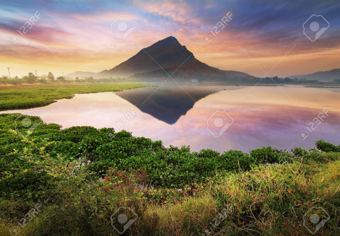 Zusammenfassung Hintergrund Der Schönheit Zur Zeit Der Sonnenaufgang