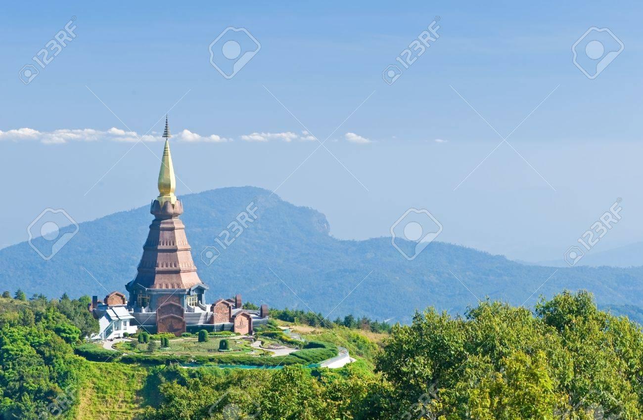 Place leisure travel, Doi Inthanon national park of Thailand Stock Photo - 12390978