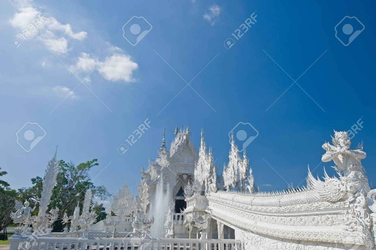 Wat Rongkun - the white temple in Chiangrai , Thailand Stock Photo - 13457479