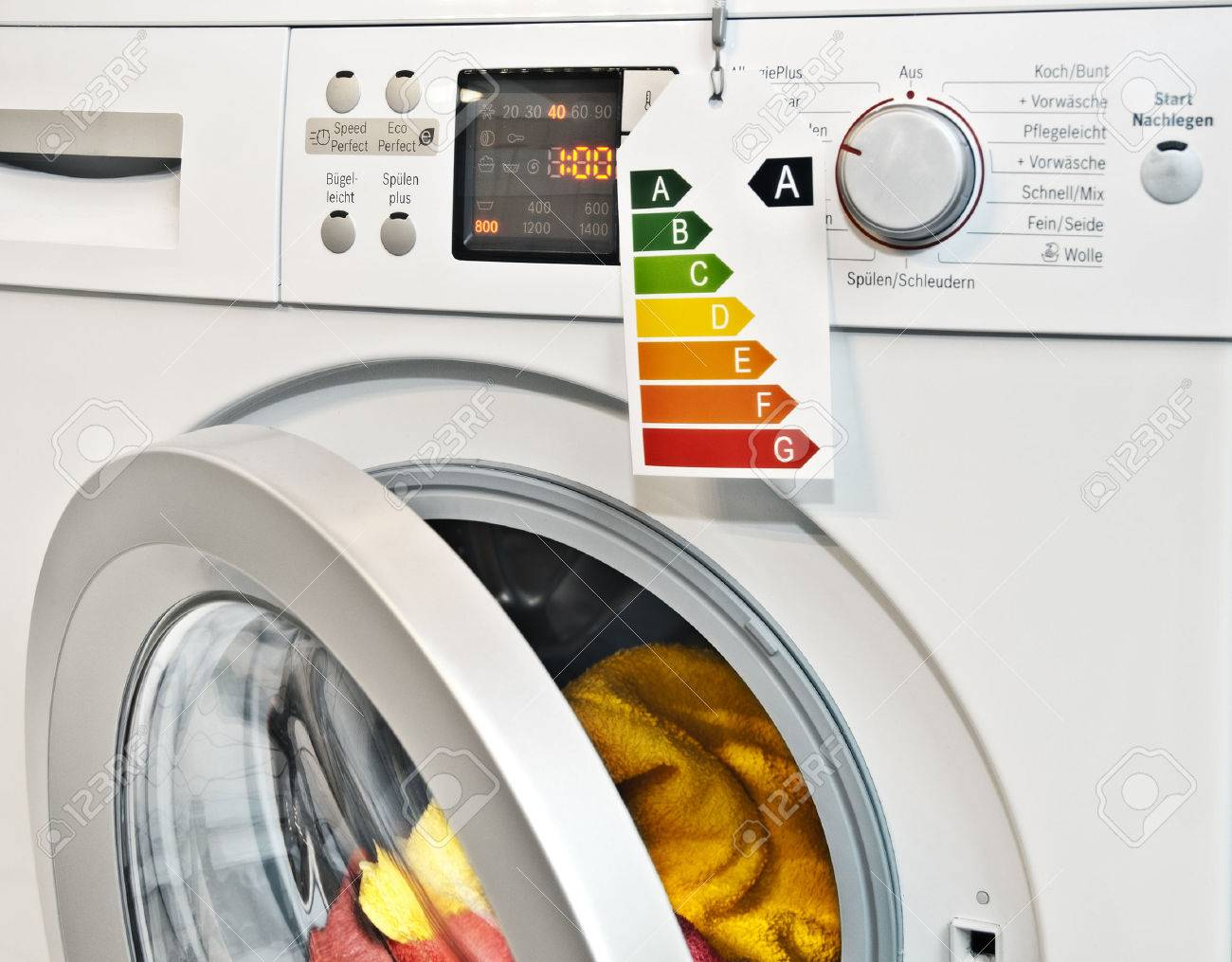 moderne waschmaschine mit energieeffizienz-label lizenzfreie fotos, Attraktive mobel