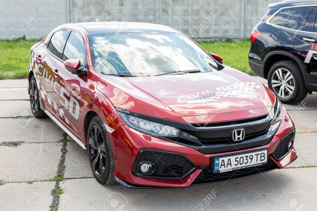 Poważnie Kiev,Ukraine - April 28th, 2018: Newest 2018 Honda Civic 5 Door IS43