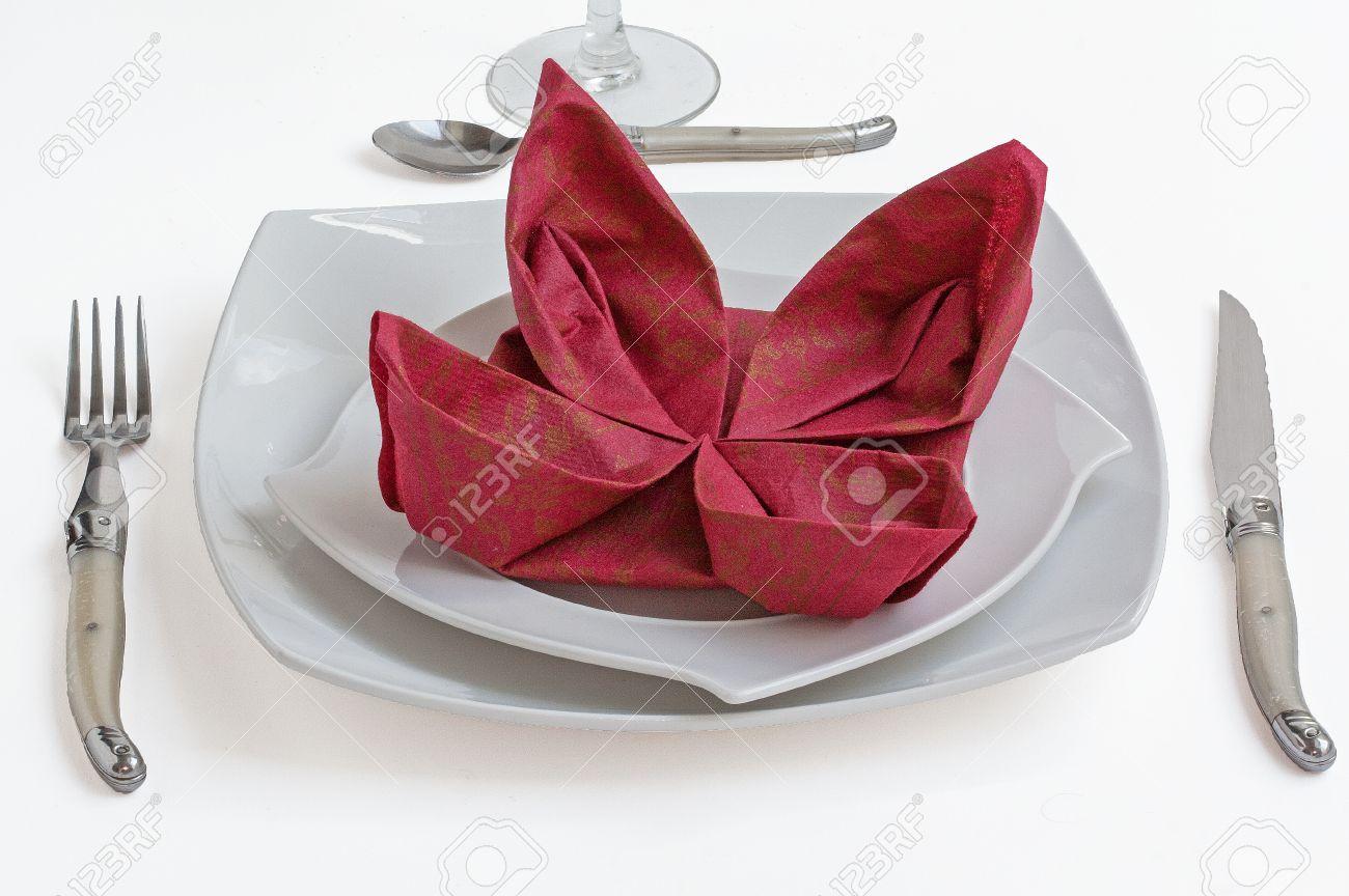 Doblar Servilleta De Papel Simple Maneras Decorativas De Doblar