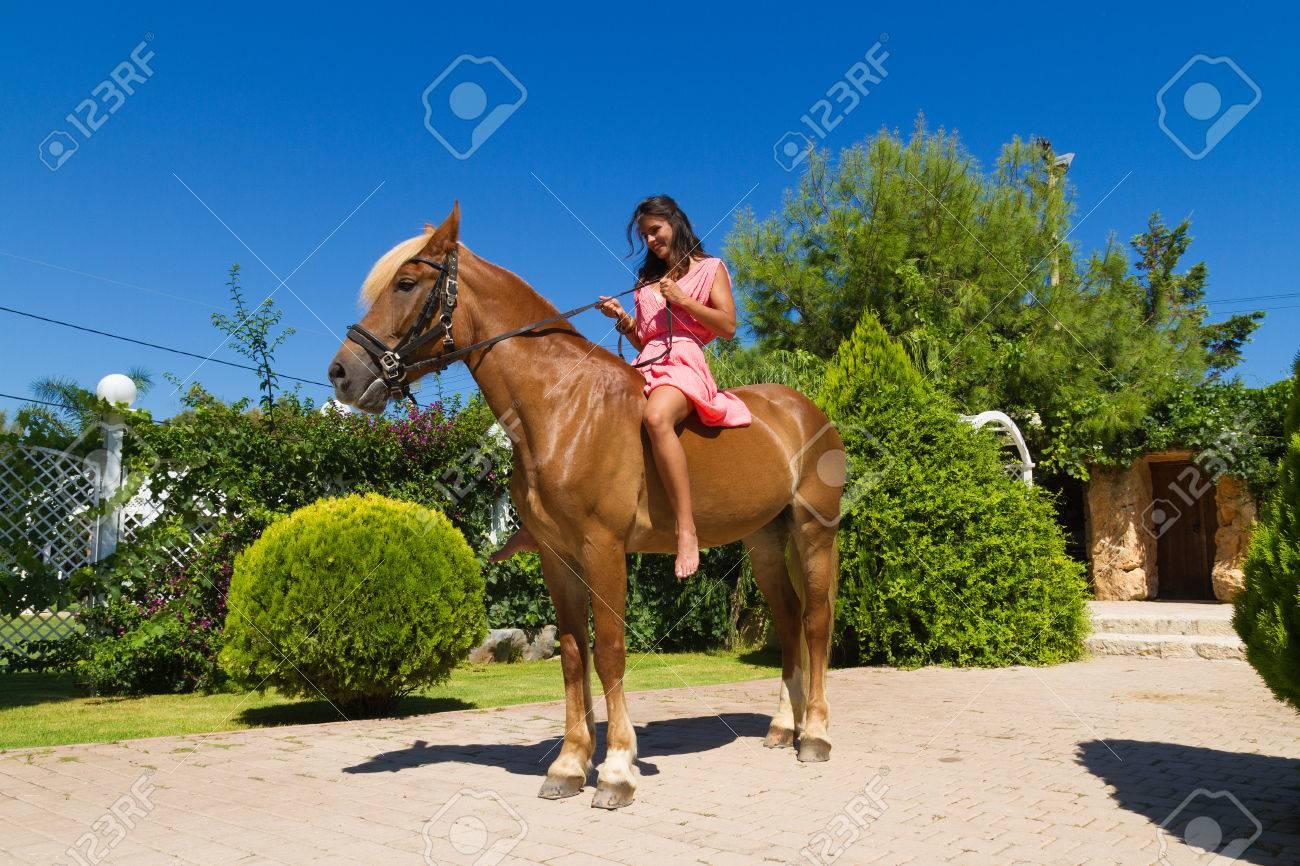 Lange kleider zum reiten