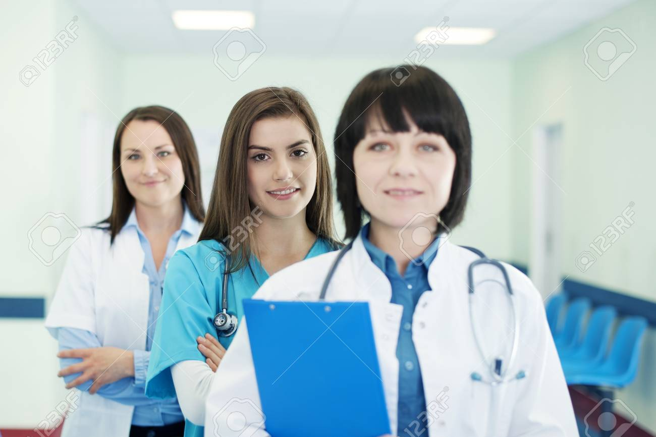 Doctors in a line Stock Photo - 18163068