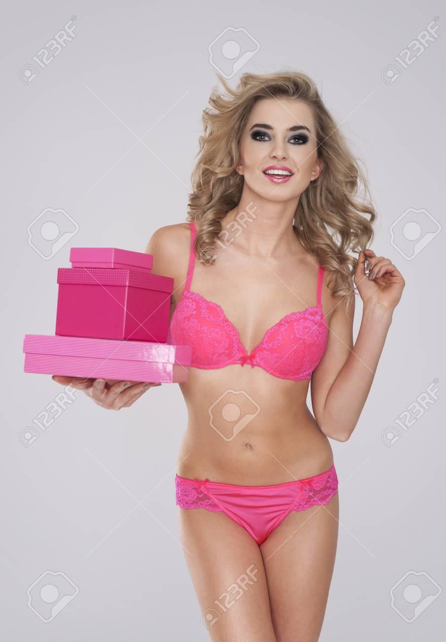 blonde-girl-pink-panties-free-naked-pussy-movies