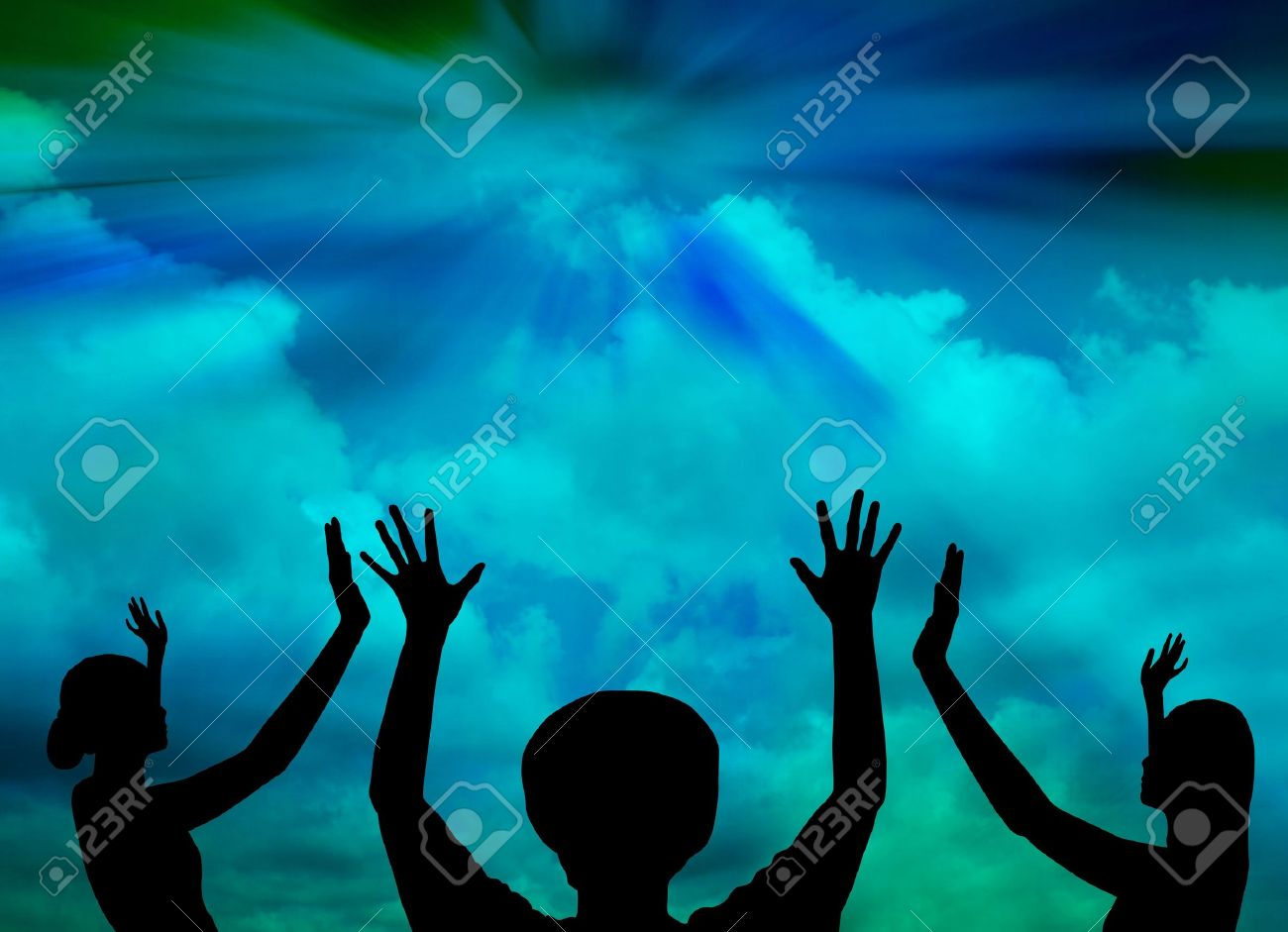 Woman praise to God Stock Photo - 18341110