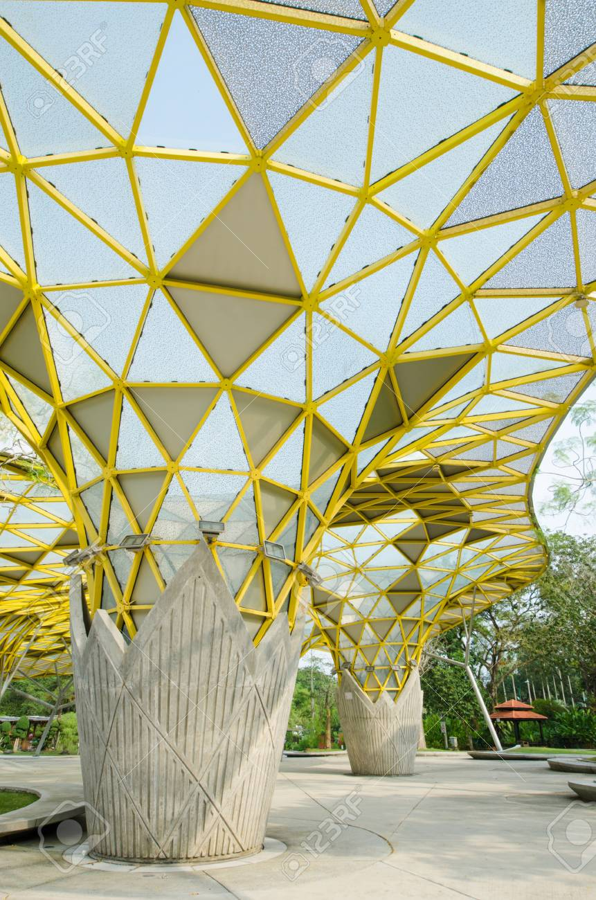 Kuala Lumpur,Malaysia - Aug 22,2018 : Lake Gardens also known as Kuala Lumpur Perdana Botanical Gardens, it is KL's first large-scale recreational park. - 107544293