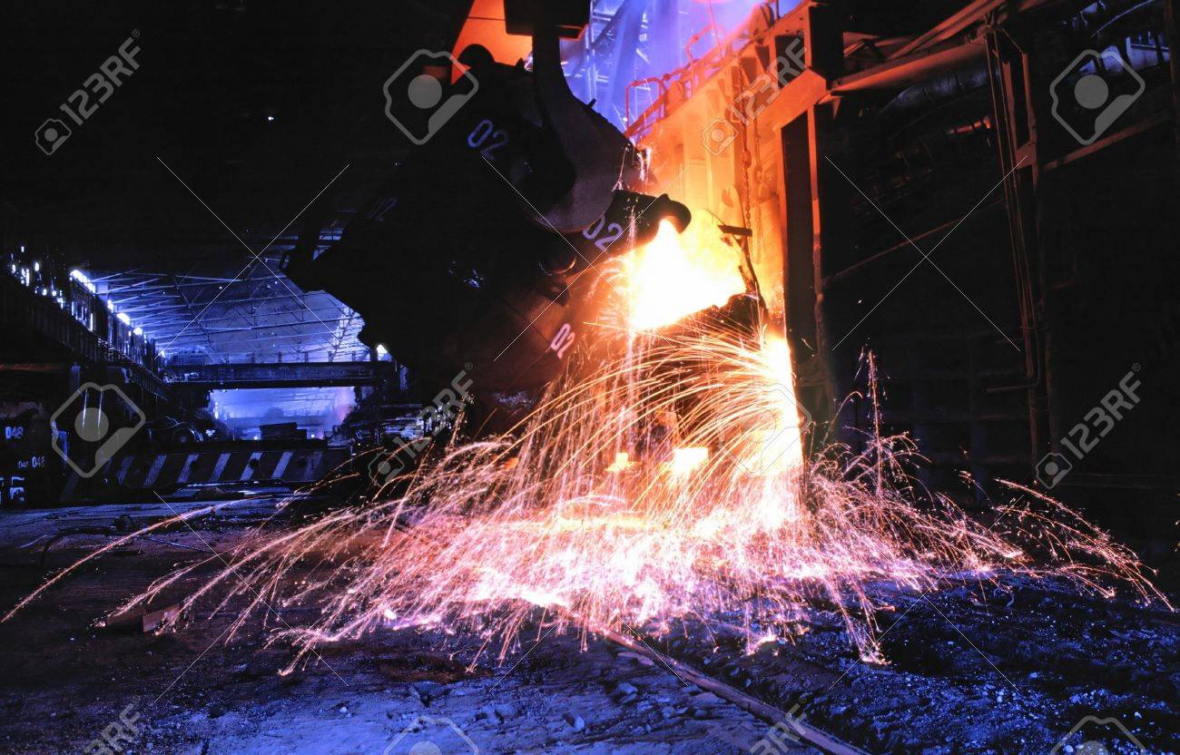 Flood of steel in shop  converter of manufacture metallurgical industry Stock Photo - 4385432