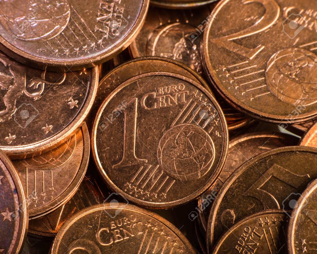 Ќе се укинат монетите од еден и два евро-цента