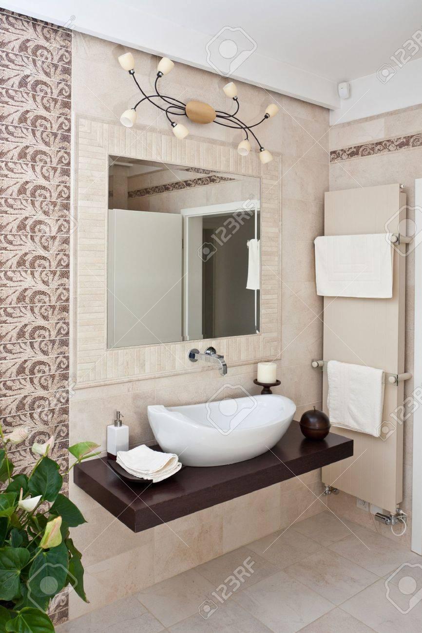 Modern Style Interior Design Of Bathroom Stock Photo, Picture ... - ^