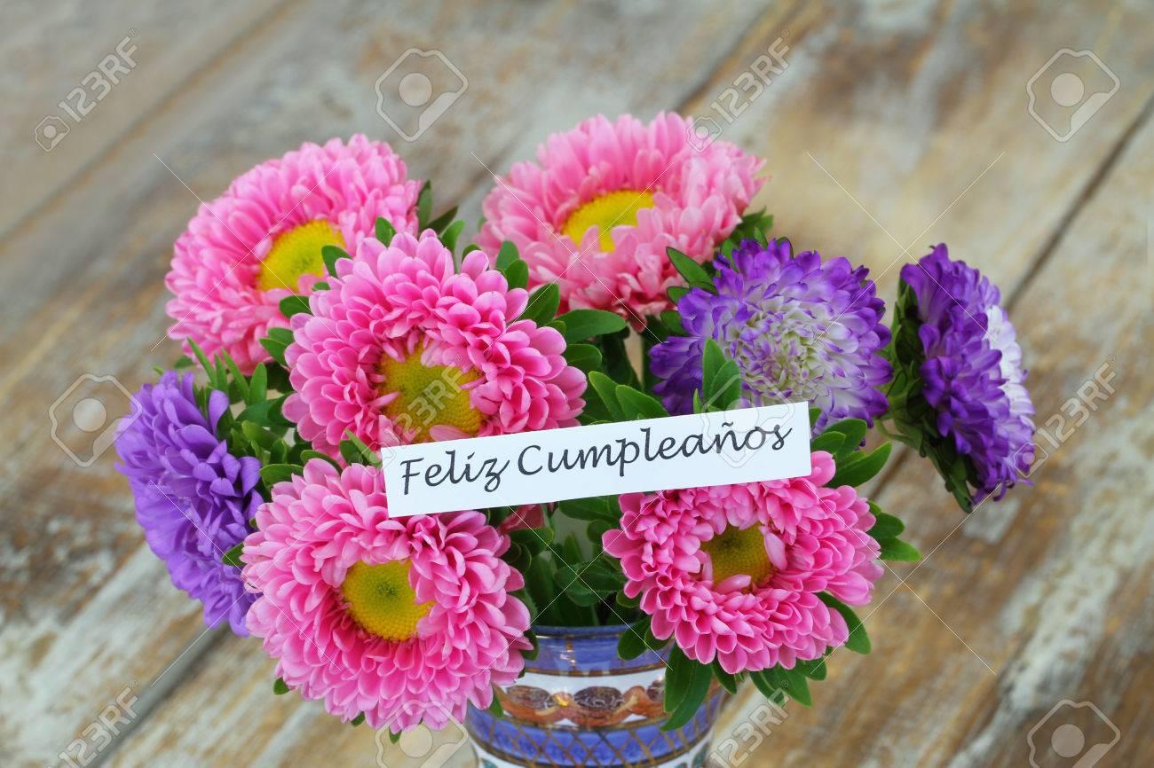 Feliz Cumpleaños Joyeux Anniversaire En Espagnol Carte Avec Bouquet De Fleurs De Marguerite Colorée