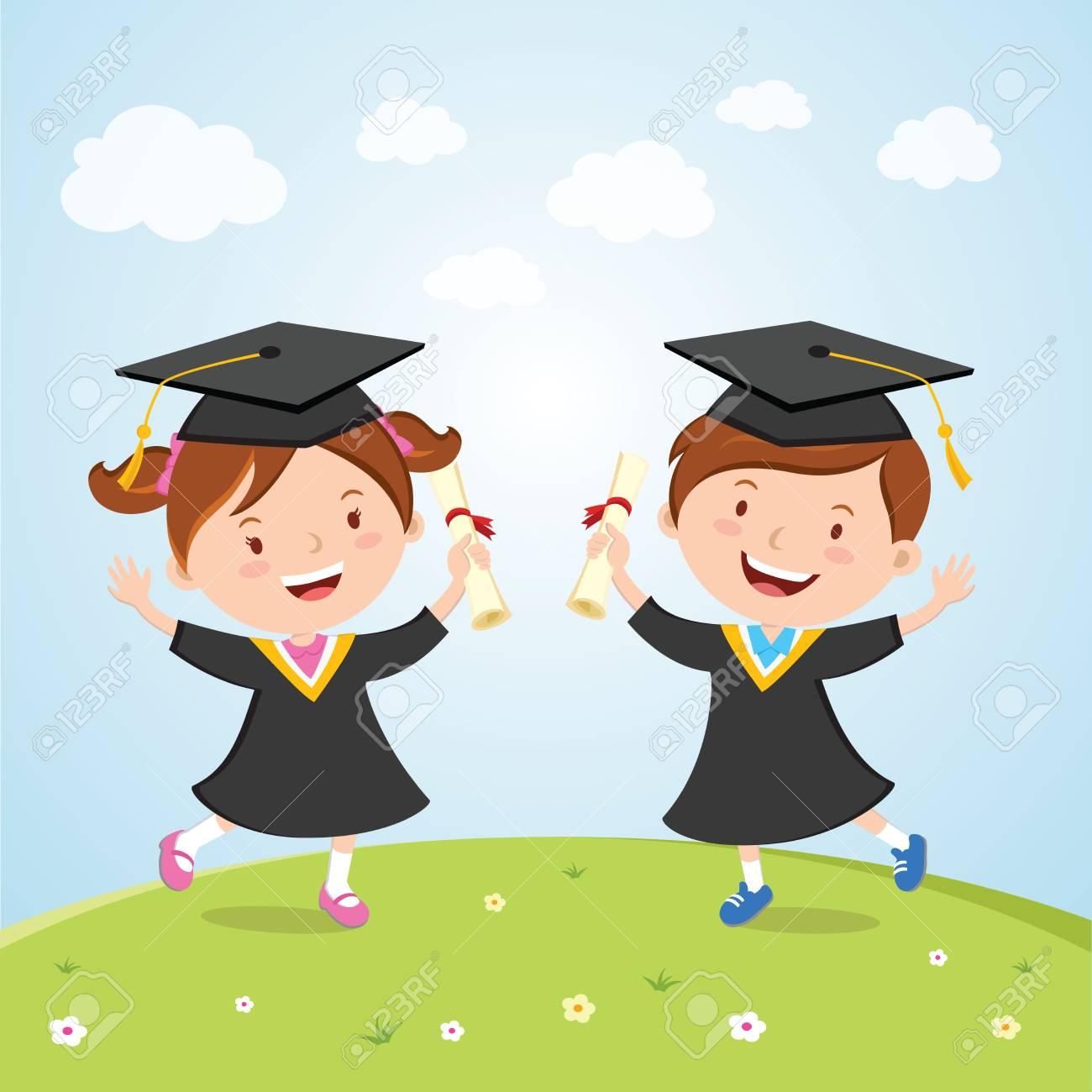 Niños Graduados Felices. Niños Pequeños Saltando De Alegría Para ...
