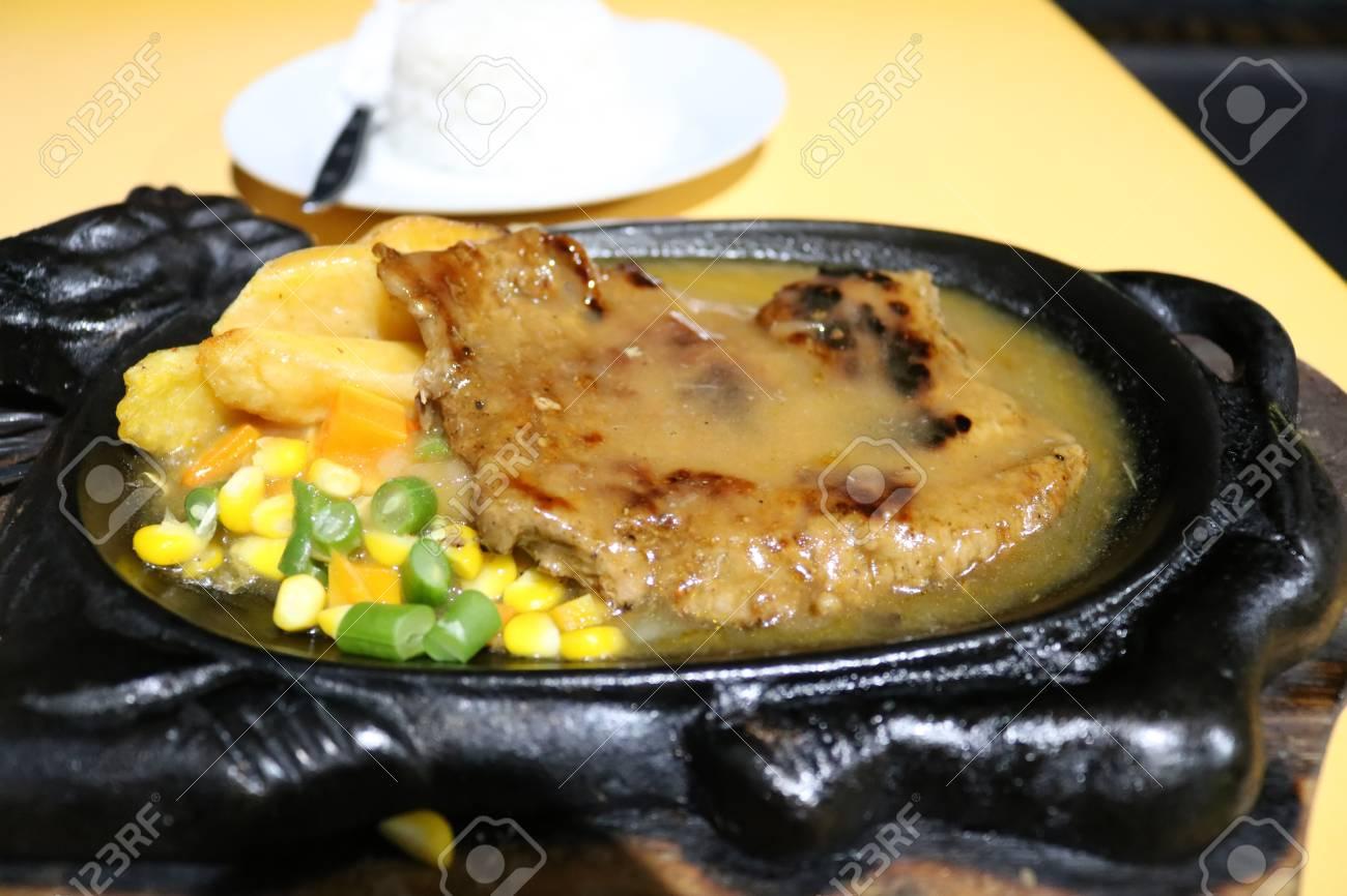 Beef black pepper, steak, roast, indonesian food | asian food Stock Photo -