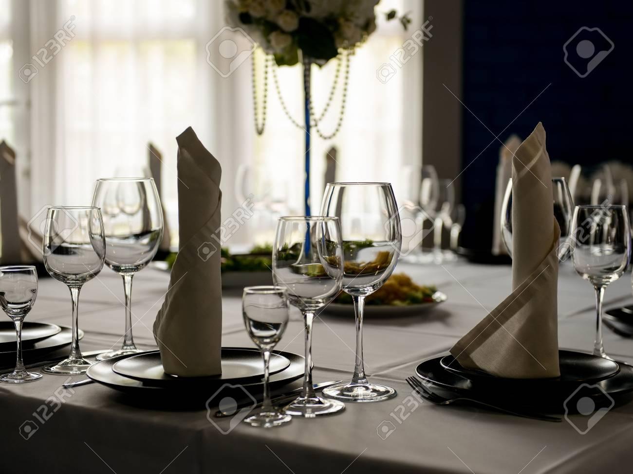 Beautiful interior of restaurant ready for wedding celebration - 117134955