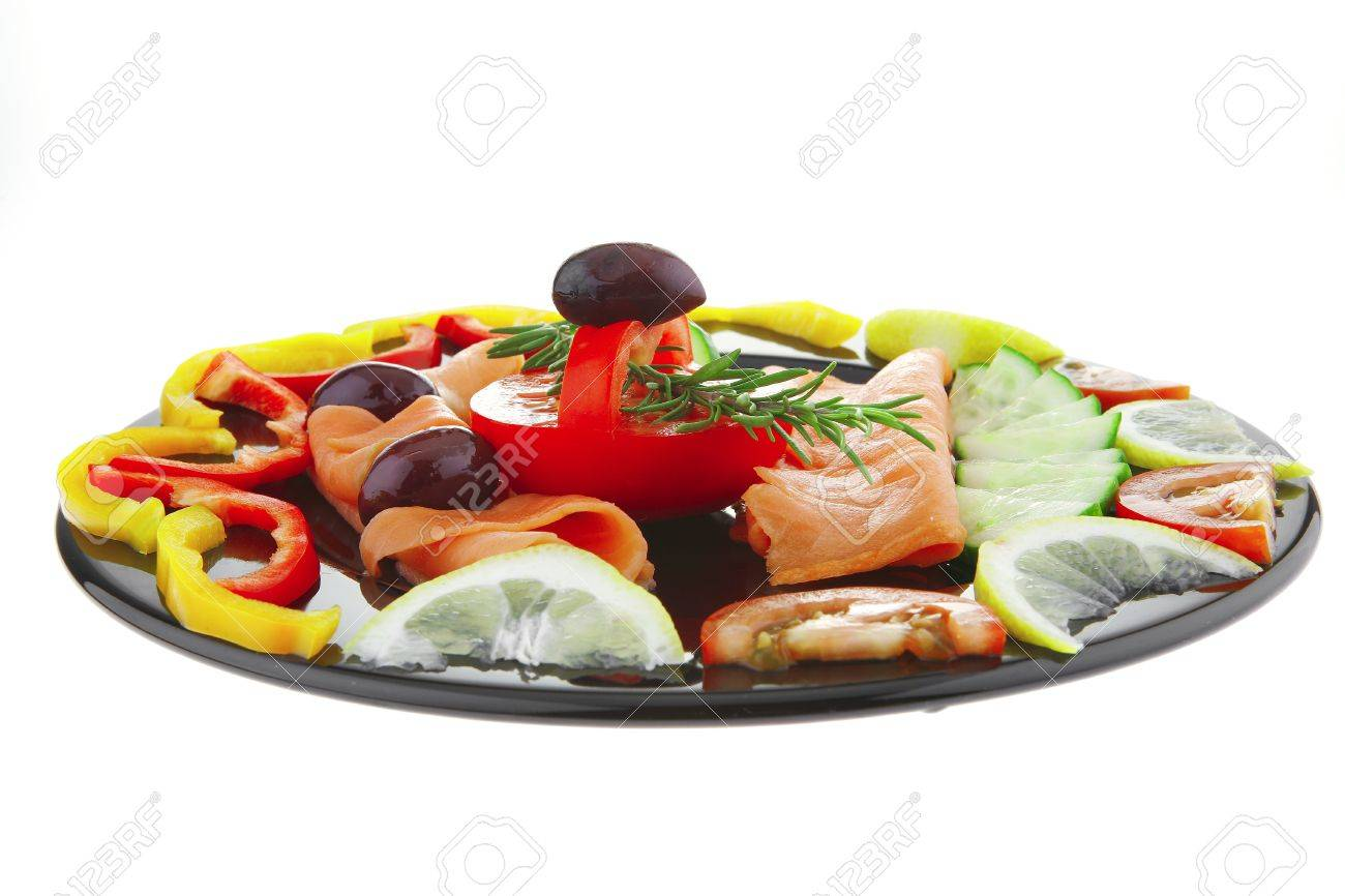 image of served salmon slices with tomatoes and peppers - 7424215