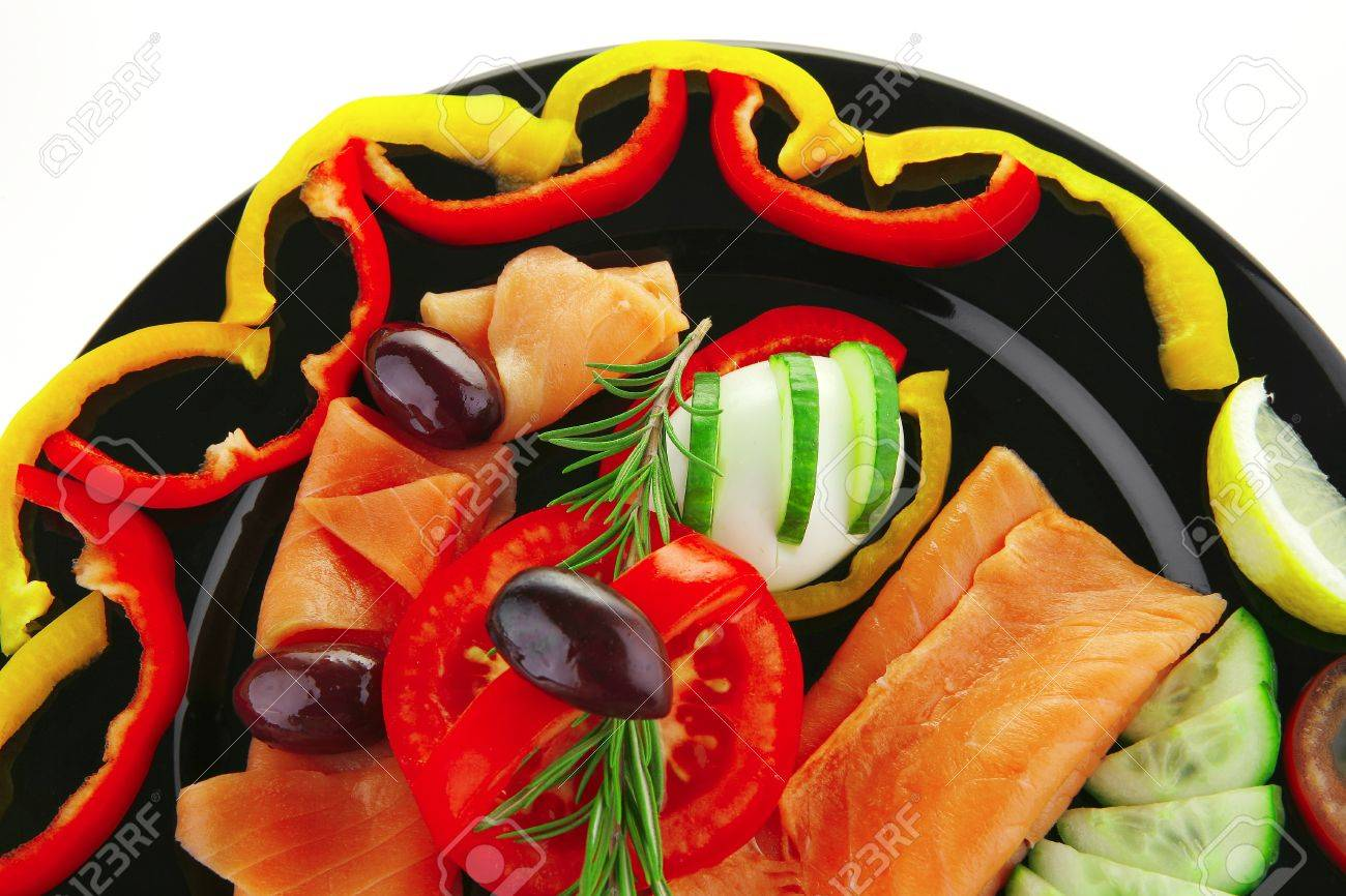 image of served salmon slices and vegetables - 8462177