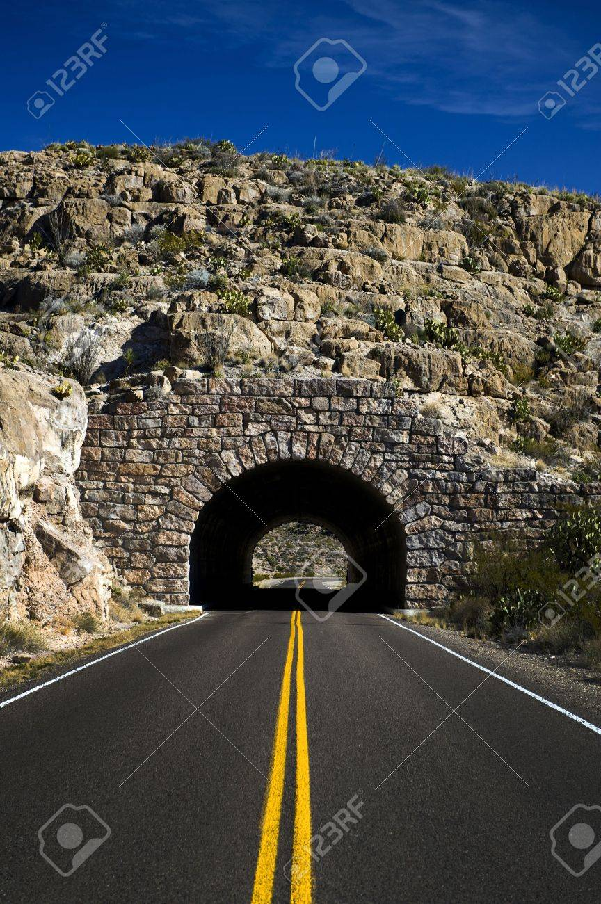 Image of a highway heading into a tunnel Stock Photo - 6218652