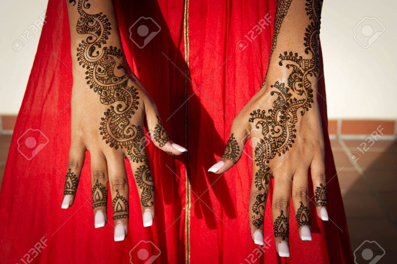 848ca75282e4a Image of Henna Tattoo's on an Indian bride's hands Stock Photo - 22108588