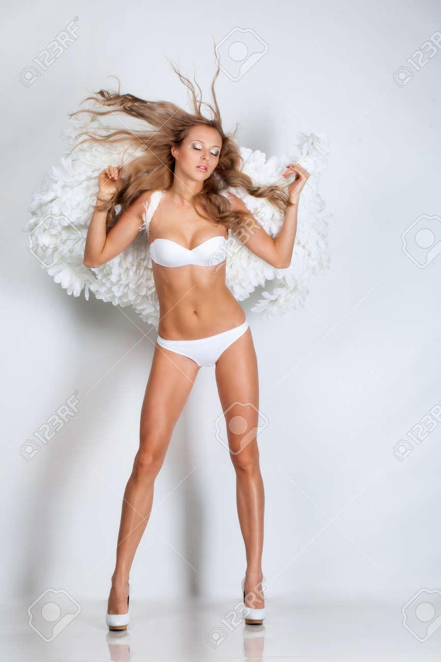Секси блонди с 5 размером