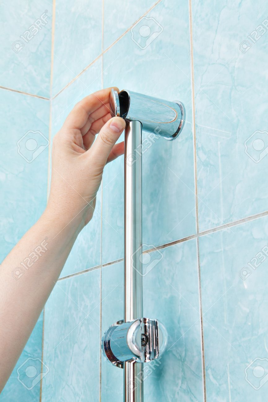 Beautiful Replace Wall Mounted Vertical Shower Holder, Remove The Cover Bracket Slide  Rail Bar. Stock