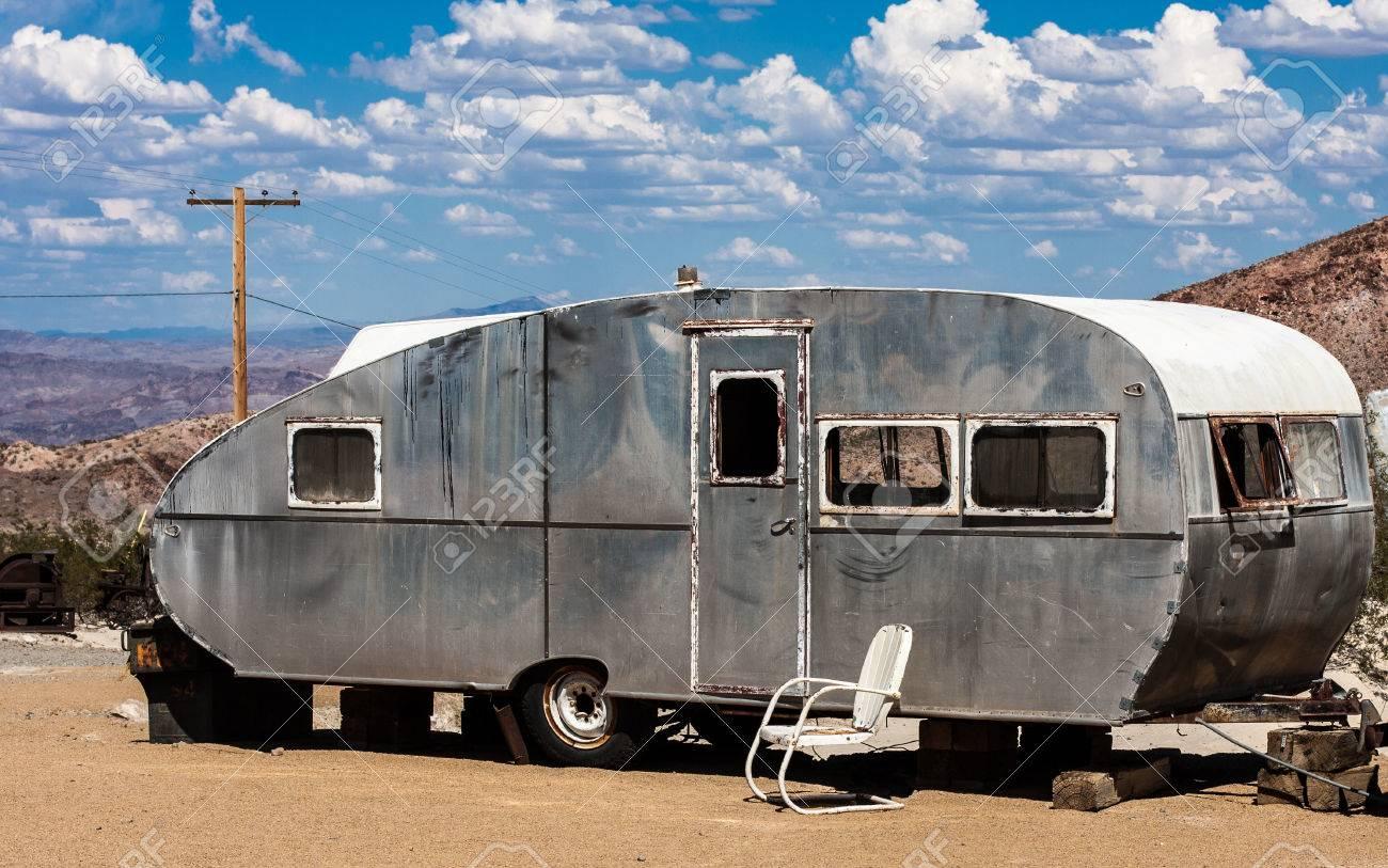 Aluminum Travel Trailers >> An Old Aluminum Travel Trailer In The Nevada Desert
