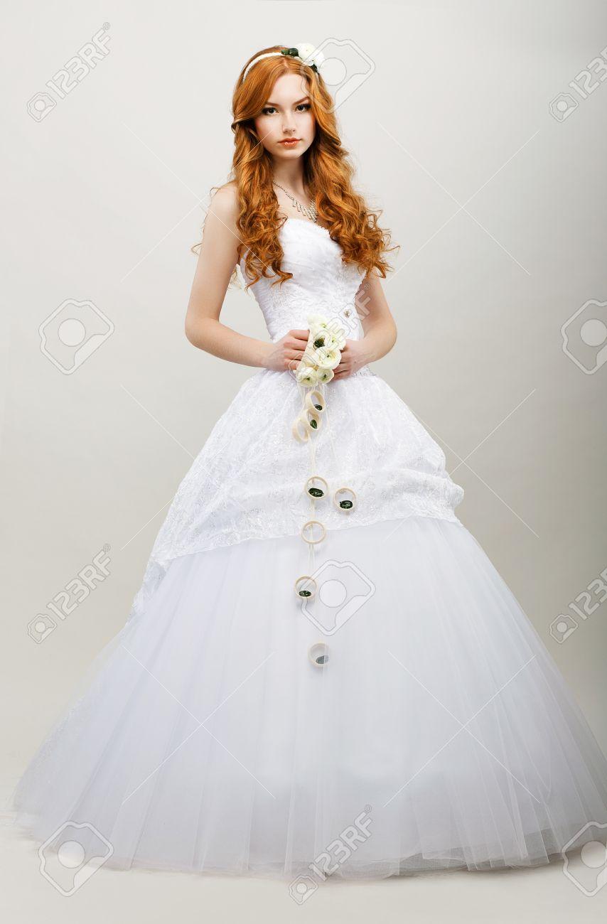 Vestido de novia no blanco