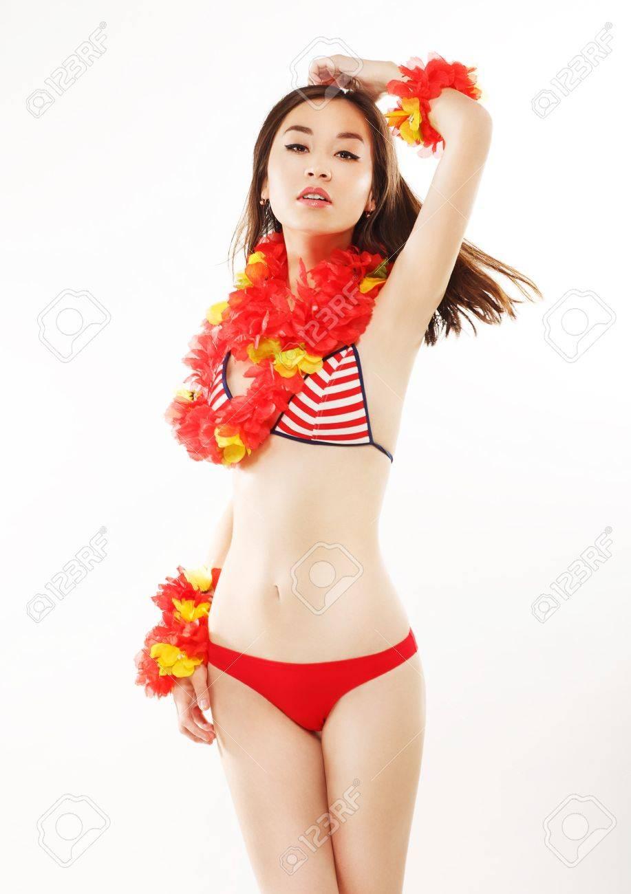 asiatische badeanzug lesben