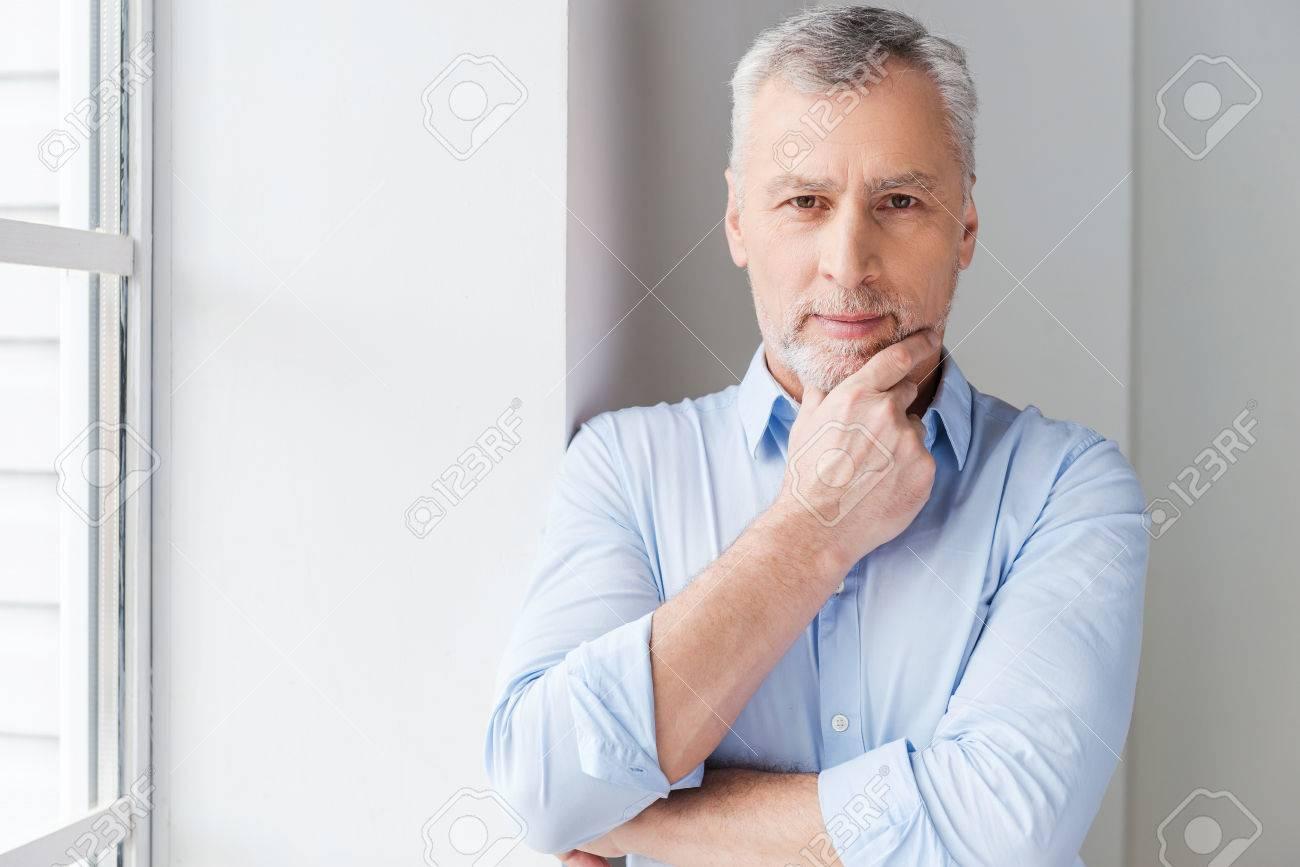 Cheveux gris homme solution