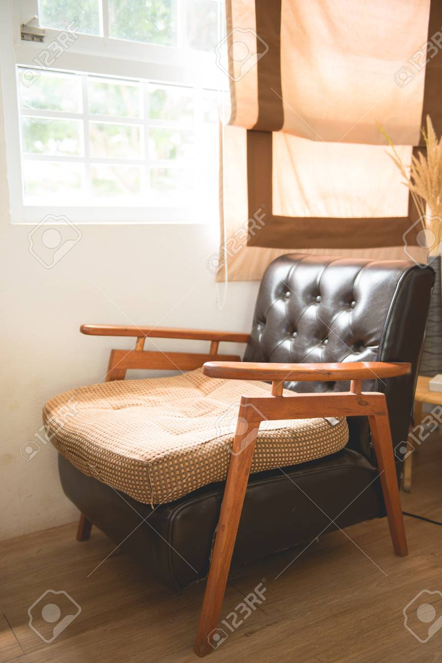 Fabulous Vintage Brown Leather Sofa Next To The Window Pdpeps Interior Chair Design Pdpepsorg