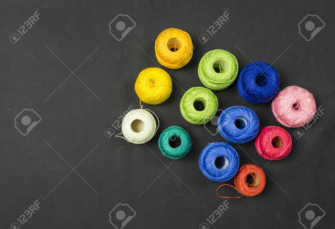 Immagini Stock Il Filo Multicolore Per Uncinetto è Un Filo