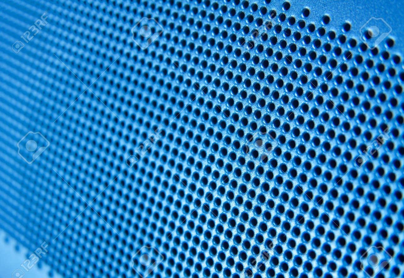 Malla De Plastico En El Agujero De Gama Azul Fotos Retratos - Gama-de-azul