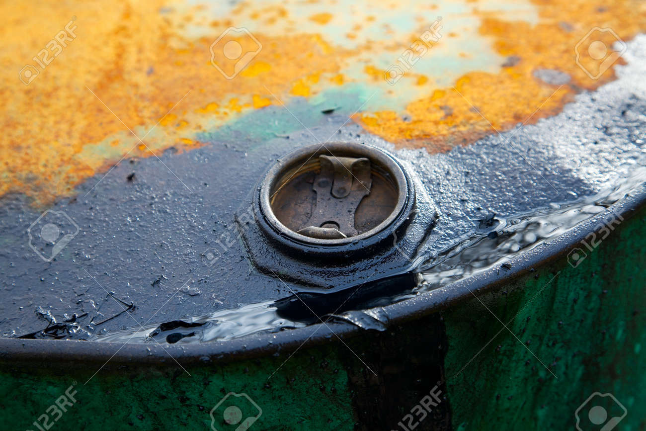 Old rusty oil barrel detail Stock Photo - 7066326