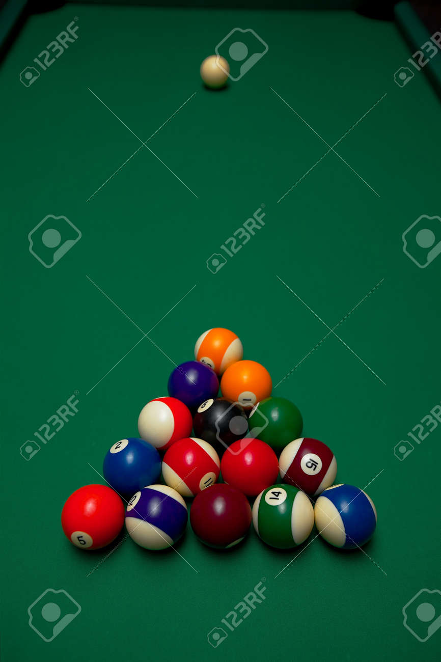 Setting Up A Pool Table Pool Table Set Up For Beginning Stock Photo Picture And Royalty