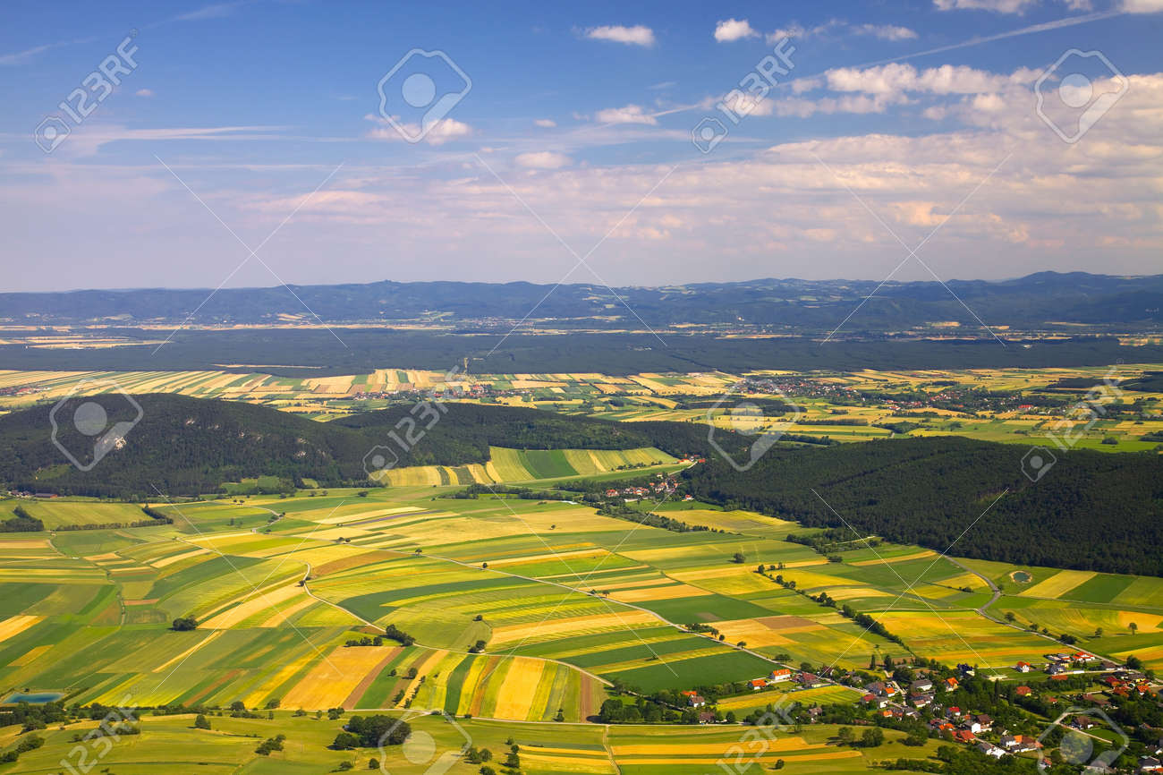 Aerial view of agricultural fields - 33450831