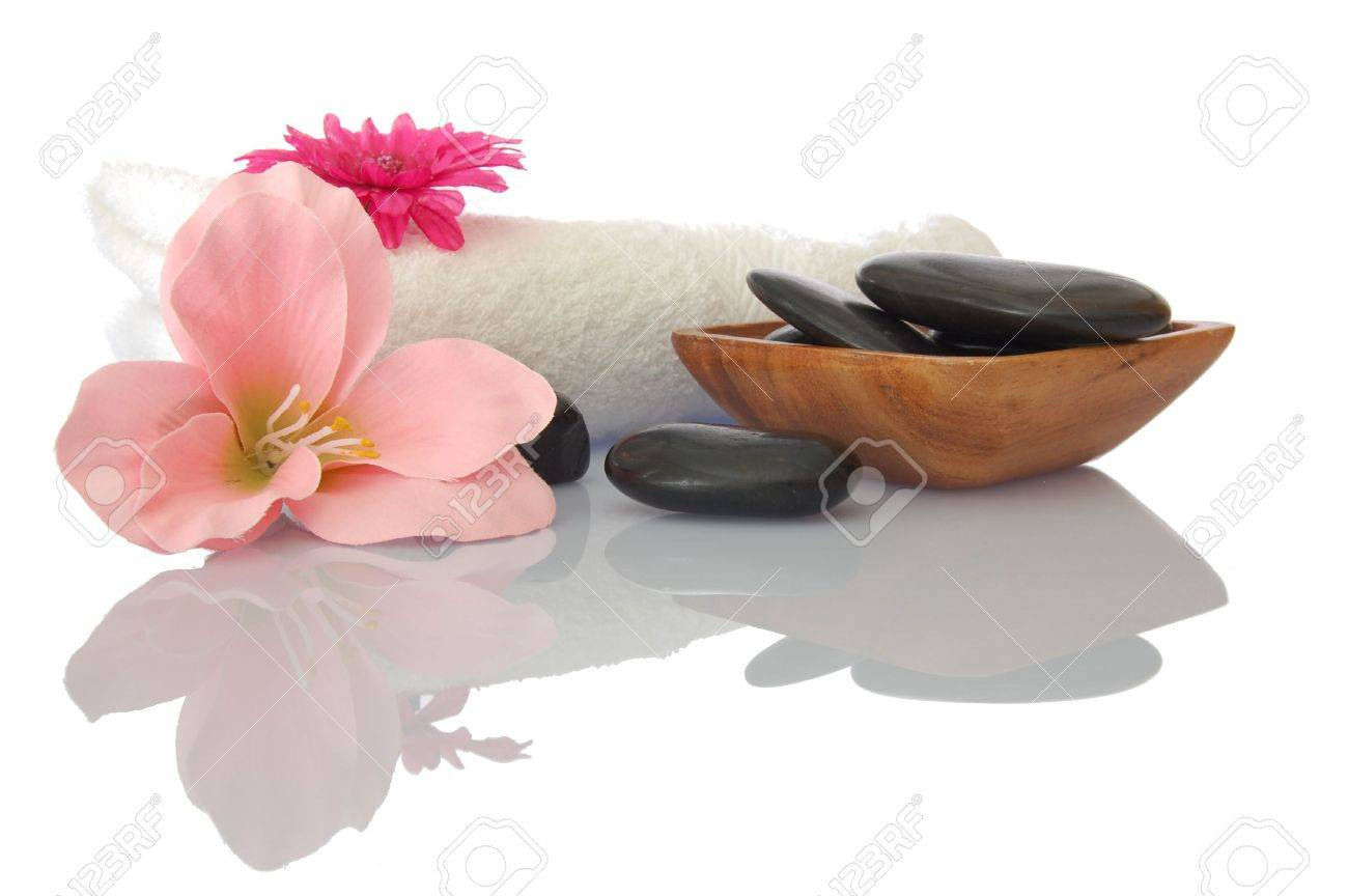 Spa wellness blumen  Wellness Zen And Spa Still Life With Flower Towel And Pebbles ...