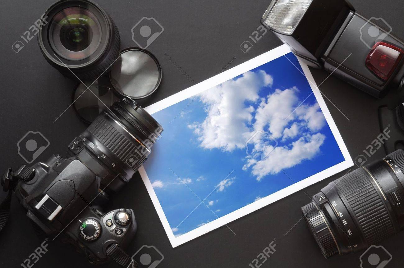 dslr camera lens and image on black background Stock Photo - 6228957