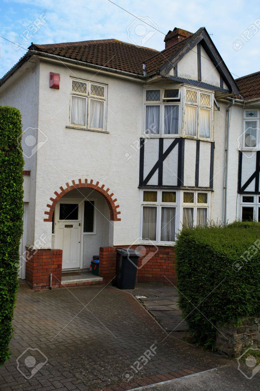 Stock Photo   Typical 1930s White Semi Detatched House With Bay Window, In  Bristol, England   Portrait